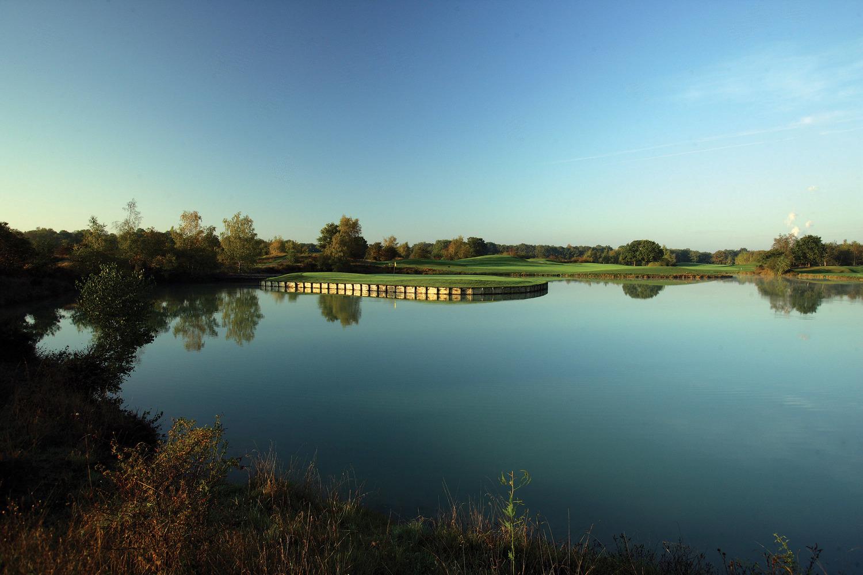 Игра гольф фото